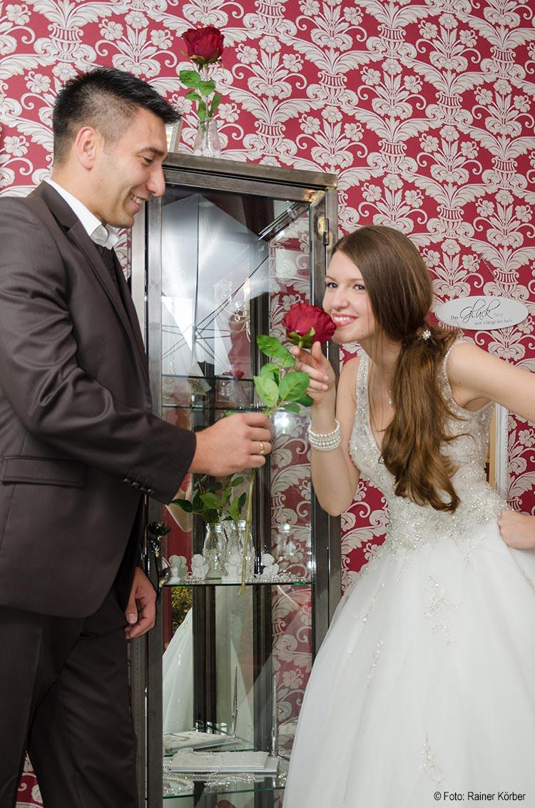 Blumenschmuck rund um die Hochzeit